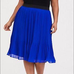 TORRID Royal Blue Chiffon Pleated Midi Skirt